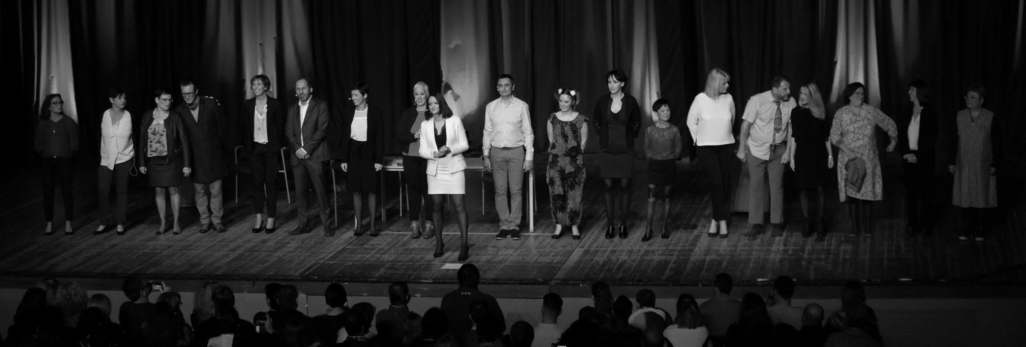 Le 29/11/2018, l'équipe d'Actif Conseil est montée sur scène devant 600 clients pour célébrer les 30 ans du cabinet, en interprétant une pièce de théâtre spécialement écrite pour nous !